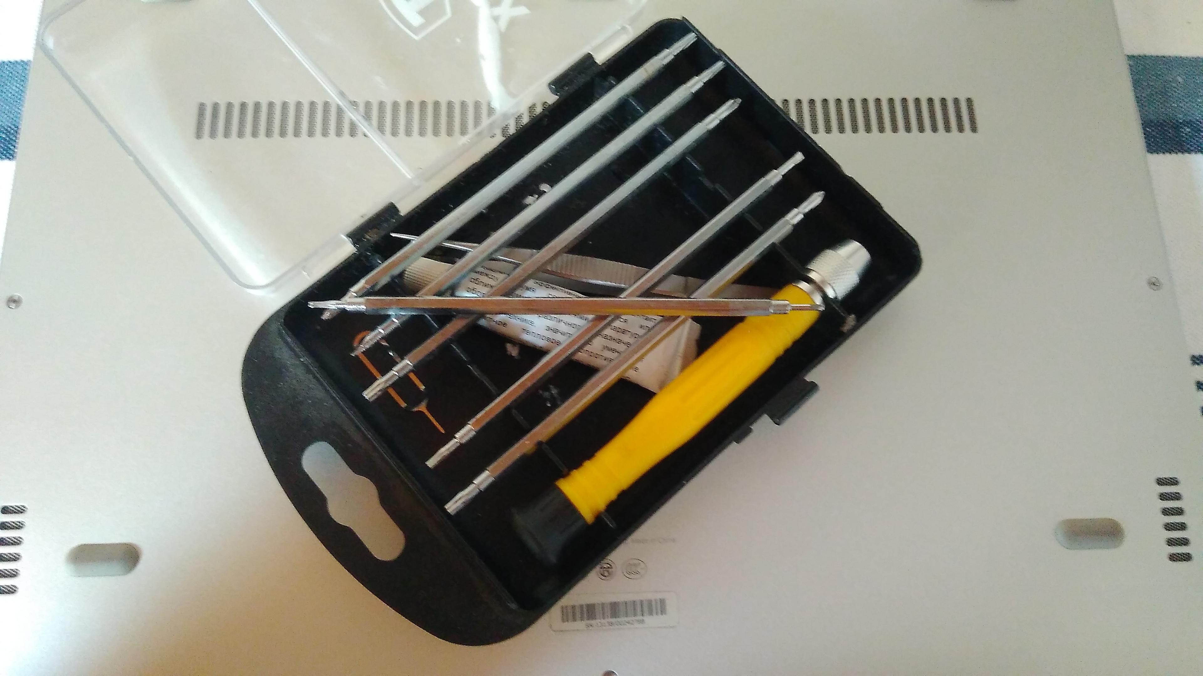 Torx T4 screwdriver